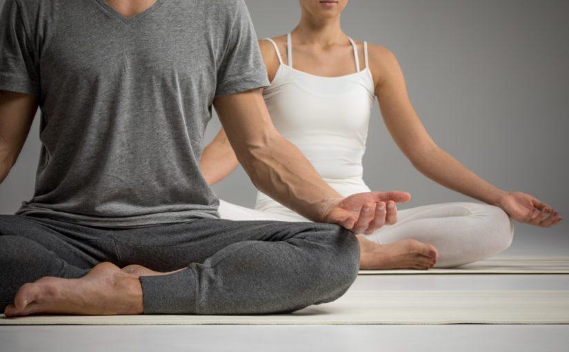 Giv yogaudstyr som gave til aktive personer